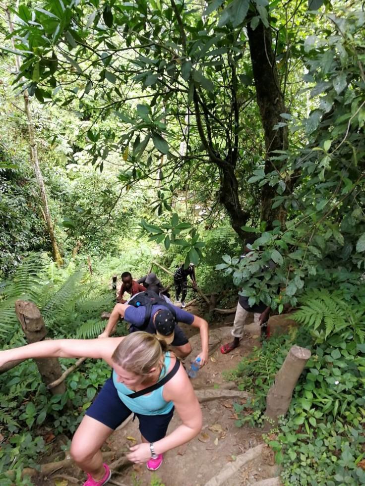 Hiking at Mount Meru - climbing to pic nic area