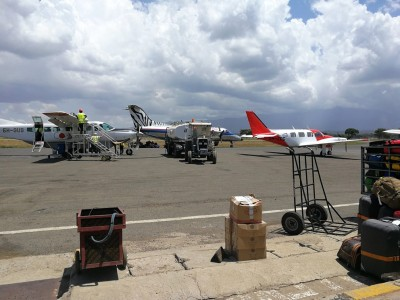 Arusha airport -tropical air