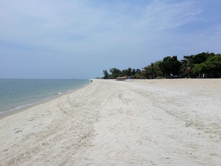 Tanjung Rhu beach - lower
